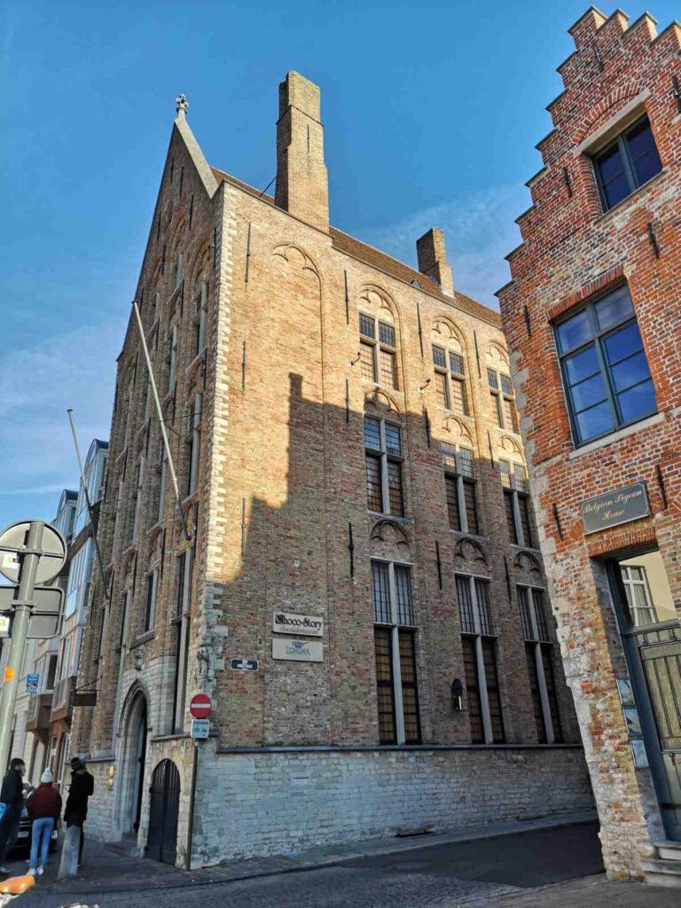 Esterni del Museo del Cioccolato a Bruges Belgio Europa