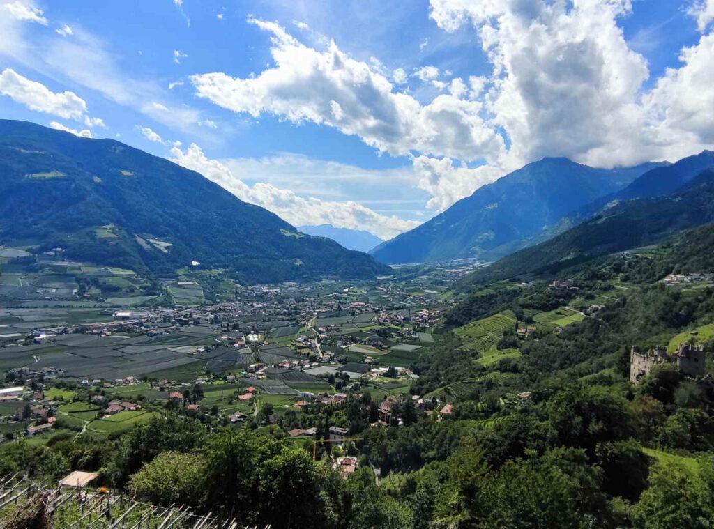 Panorami dalla passeggiata che collega Tirolo a Castel Tirolo